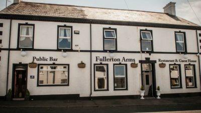 Fullerton Arms, Hauptbild